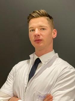 Daniel Nolberczak lekarz medycyny estetycznej w Warszawie na Bemowie